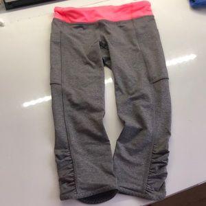 Ivivva like new! size 8 girls crop leggings